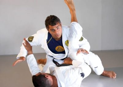 Guard Pass Controlling the Leg